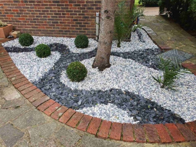 gravel installation Woodford