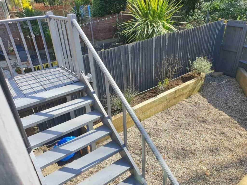 fence specialists Hendon