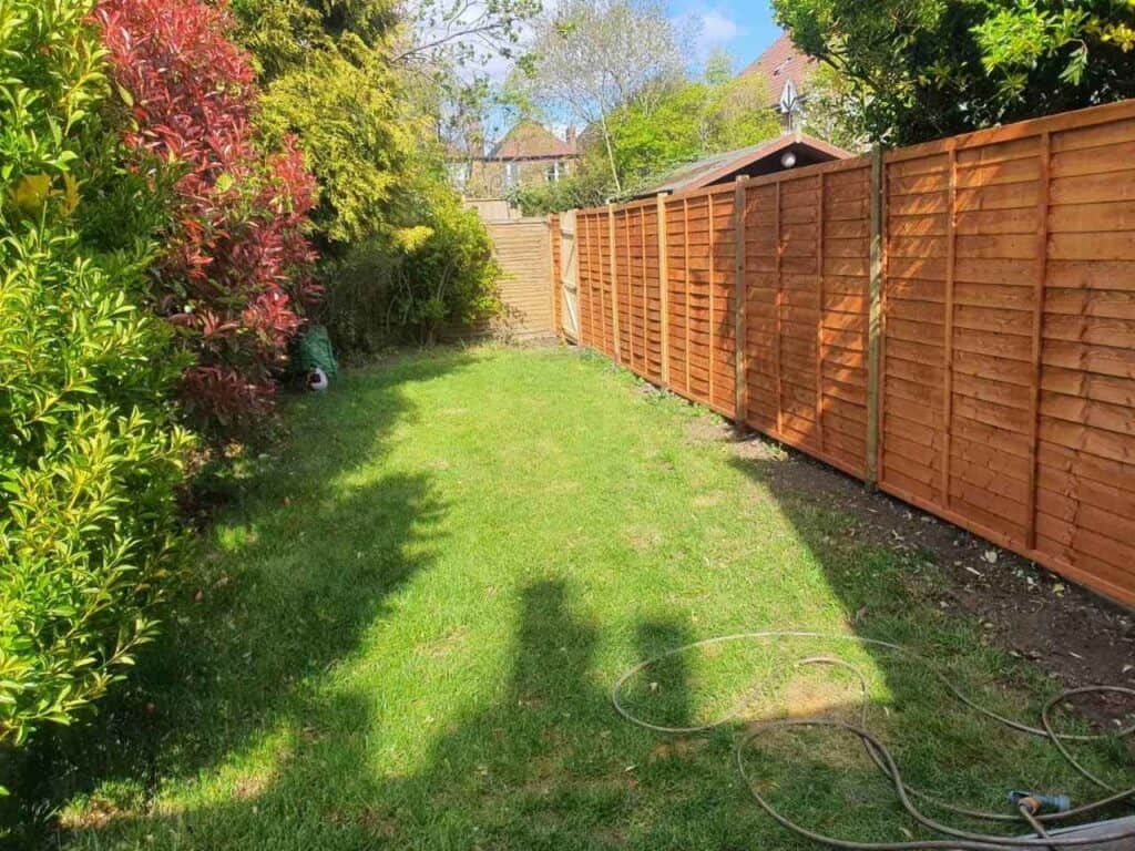 fence installation services Finchley Central