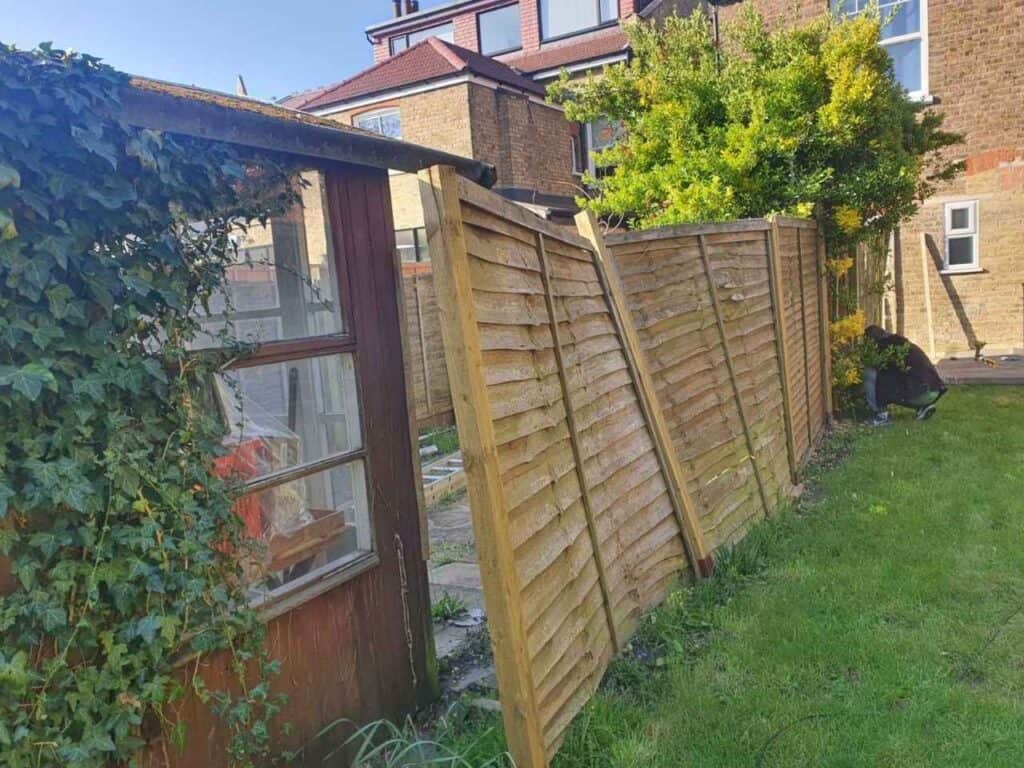 fence replacement Finchley Central